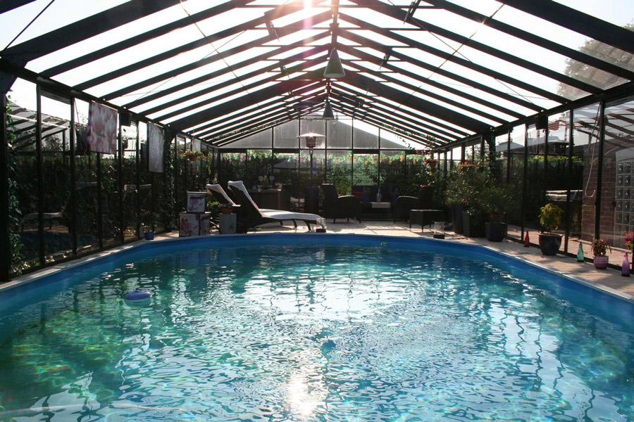 Choisir un abri de piscine blog jardin couvert for Jardin couvert