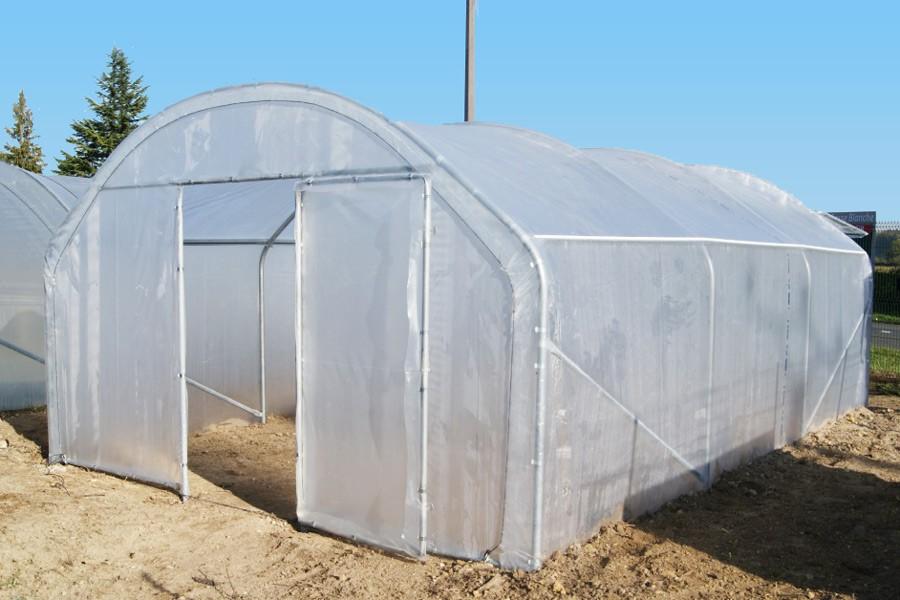 Pr sentation des diff rents types de portes de serre de jardin - Fabriquer une serre tunnel de jardin ...