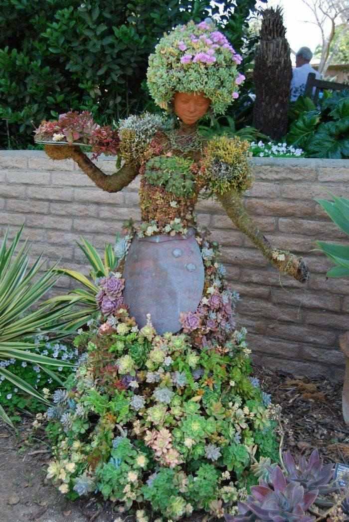 statue femme jardin