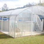 Abri de piscine économique en polycarbonate et bâche