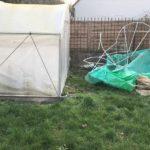 Pourquoi acheter une serre Jardin Couvert plutôt qu'une serre à fermeture éclair ou à velcro ?