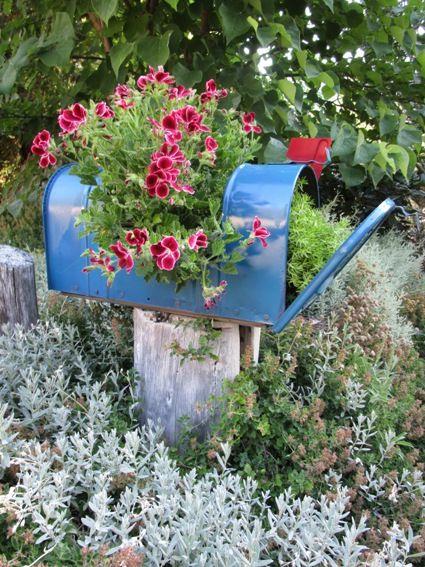 boîte aux lettres de jardin