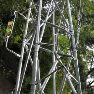 pylône acier galvanisé